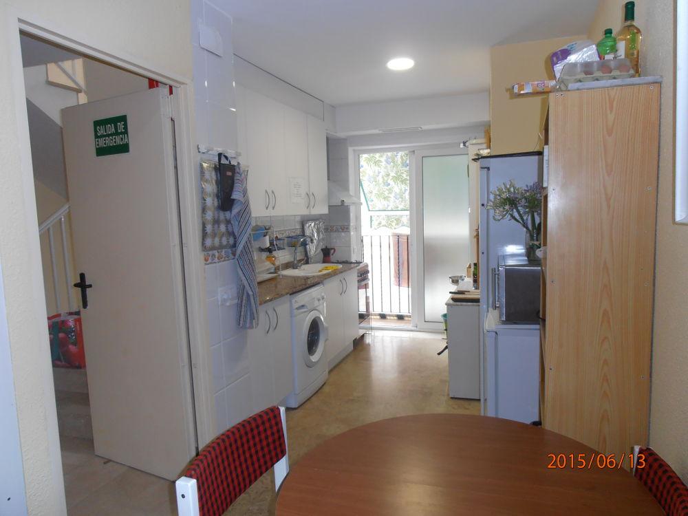 Habitaciones en valencia alquiler para estudiantes student rooms valencia caldes residence - Loquo valencia alquiler habitacion ...