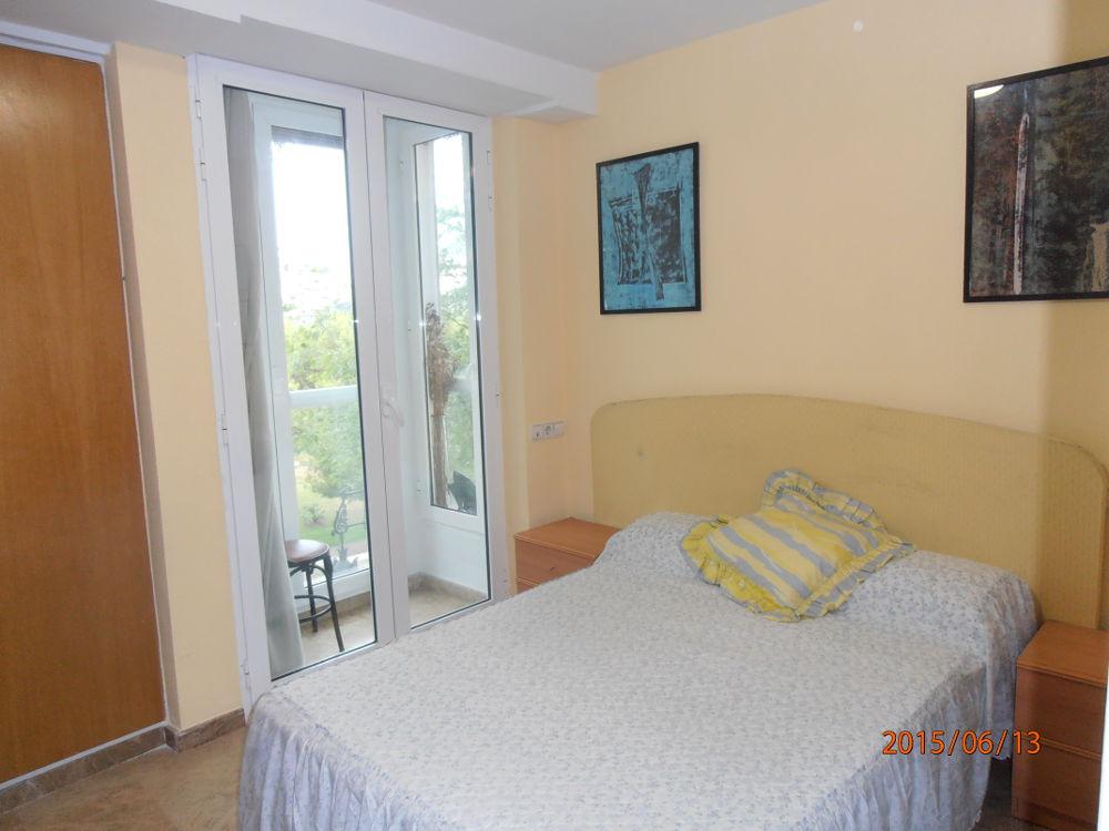 Habitaciones valencia apartamentos compartidos para for Habitaciones para estudiantes